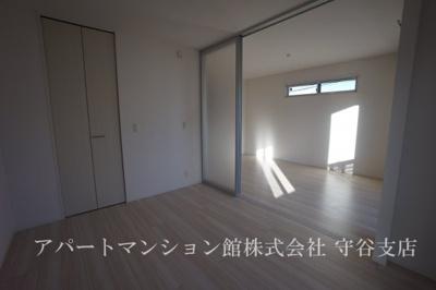 【居間・リビング】ラウレアハレ
