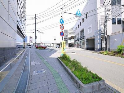 【周辺】ミラ・トレーノ学園前BLD.