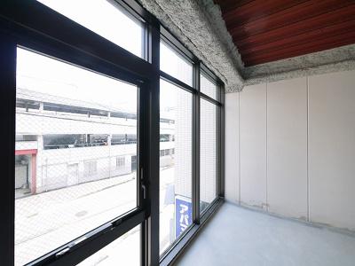 【内装】ミラ・トレーノ学園前BLD.