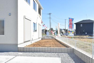 【庭】鴻巣市赤城(広田中央区画整理地内)新築戸建 全3棟