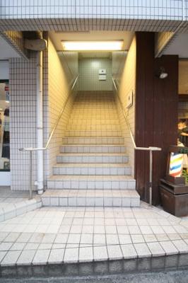 【エントランス】石本ビル