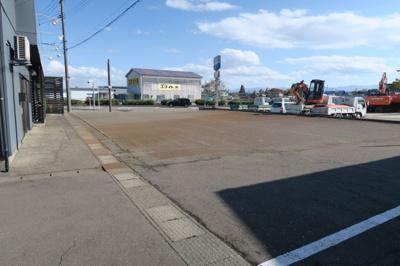 【駐車場】黒井貸店舗兼事務所