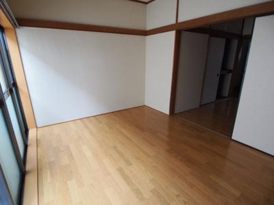 【居間・リビング】コーポリバーサイドI