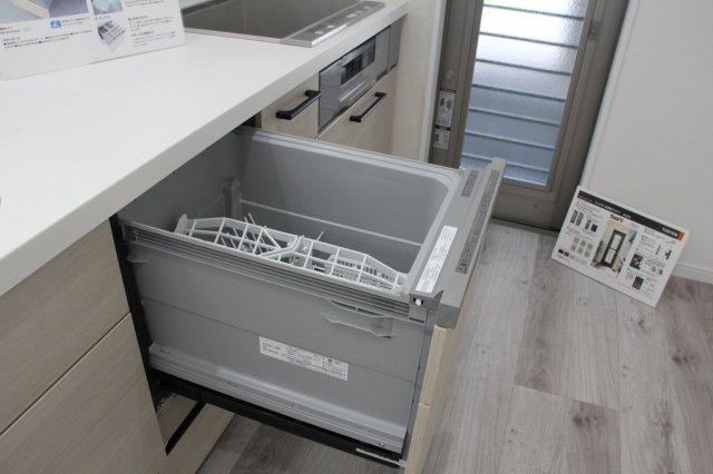 食洗機が備え付きです。