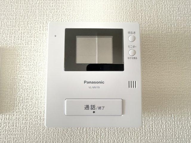 TVモニターホン付きインターフォンで防犯面も安心です