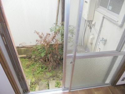 【庭】鷹合4戸建て