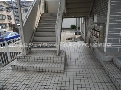 【エントランス】ソシア東館
