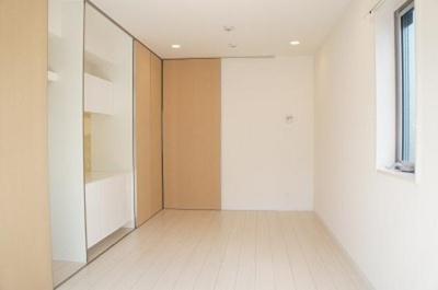 リブリ・エルミタージュの洋室