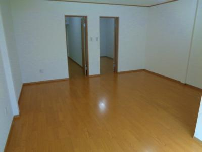 【居間・リビング】東田辺3丁目貸家