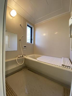 浴室に窓有り
