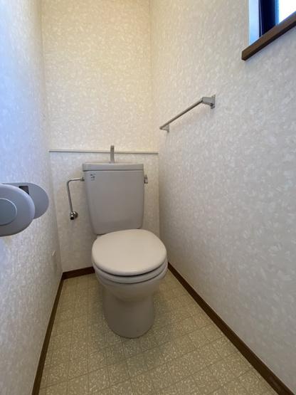シャープなおトイレ:綺麗です