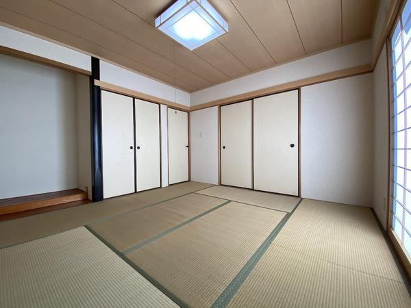 玄関から直接、和室に入れます