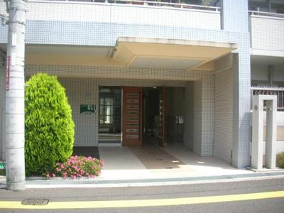 【エントランス】アルス池田井口堂フレックスコート