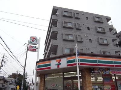 【周辺】アムールエルヴィス