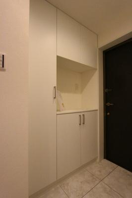 シンプルで使いやすい玄関です:リフォーム完了しました♪八潮新築ナビで検索♪