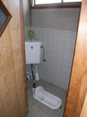 【トイレ】南アルプス市飯野中古戸建住宅
