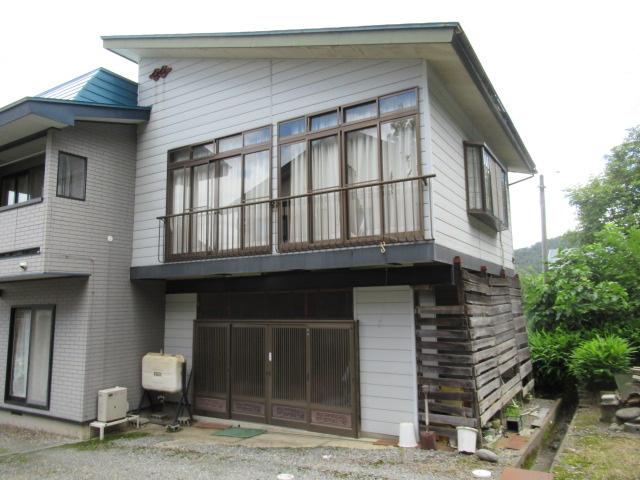 【外観】高畠町大字亀岡 2階建て中古物件