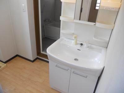 【独立洗面台】欧風館