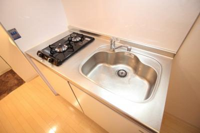 コンパクトなキッチンで掃除もラクラク 二口ガスコンロ(^^♪