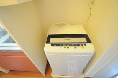 実際の洗濯機は仕様が異なる場合がございます