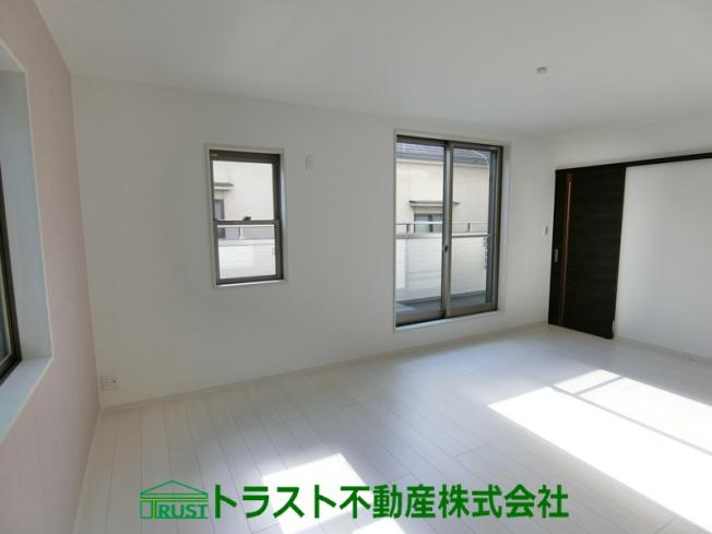 【居間・リビング】神戸市垂水区本多聞3丁目 新築