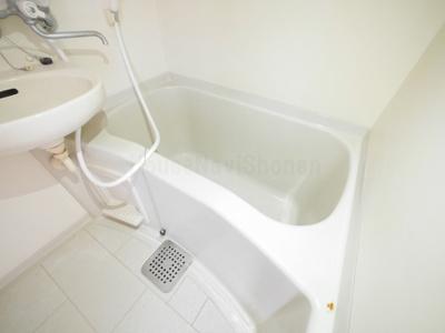 【浴室】レオパレスカワナ
