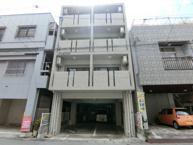 那覇市前島2丁目のアパートの画像