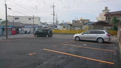 【駐車場】トーマス沖縄東