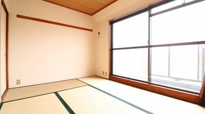 【居間・リビング】グリーンライフ伊川谷
