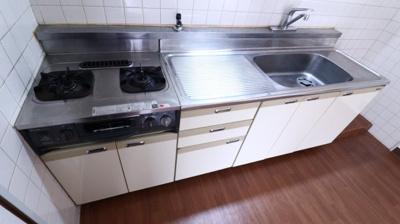 【キッチン】グリーンライフ伊川谷