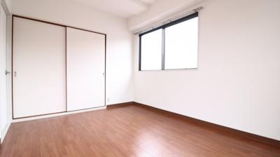 【寝室】グリーンライフ伊川谷