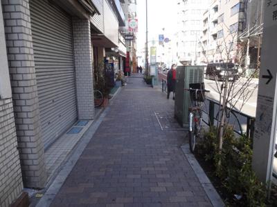 倉澤ビル 建物前