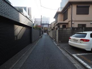 【前面道路含む現地写真】千代田区永田町2丁目 建築条件なし土地