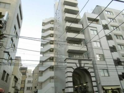4路線3駅徒歩10分圏内と便利な立地のマンションです。
