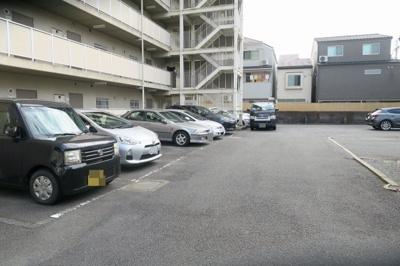 【駐車場】万年青ガーデン
