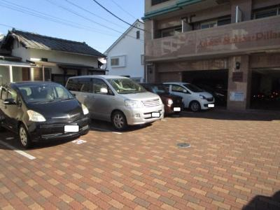 【駐車場】アリスト・ステーション・ピラー
