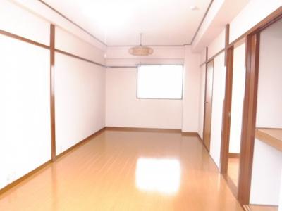 【居間・リビング】井田ホームズ