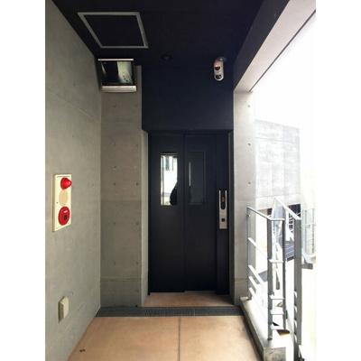 ベイシック桜坂(1LDK) エレベーター