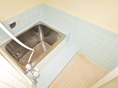 【浴室】高鷲3丁目貸家