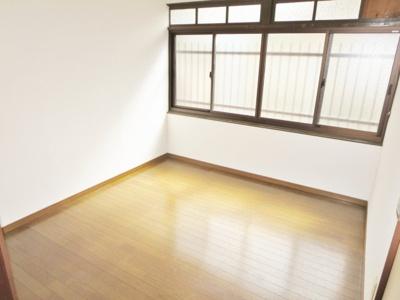 【寝室】高鷲3丁目貸家
