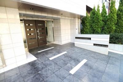 【エントランス】ル・リオン木場公園