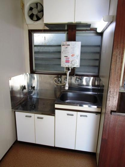 ガスコンロ設置可能のキッチンです。