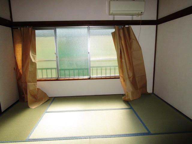南向きで陽当りが良く快適なお部屋です。