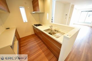 食洗器が付いていて片付けがとっても楽なキッチンです。