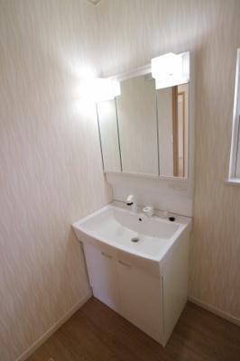 浴室暖房乾燥機付き♪寒い冬も暖かく、雨が続いても安心です♪当社施工例です♪