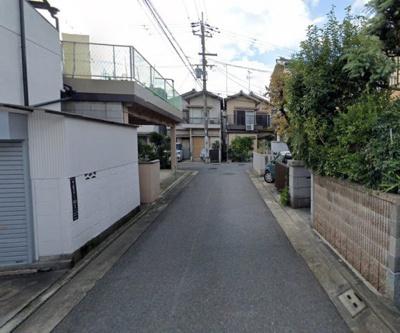 シンプルでナチュラルなイメージの外観♪前面道路が広いと駐車しやすいですね♪当社施工例です♪
