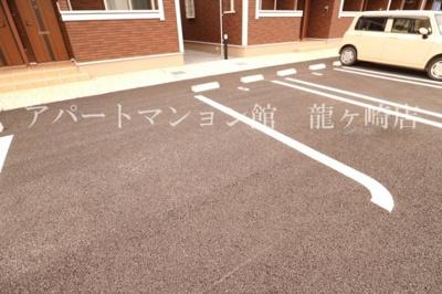 【駐車場】ヒーリングミニヨン1