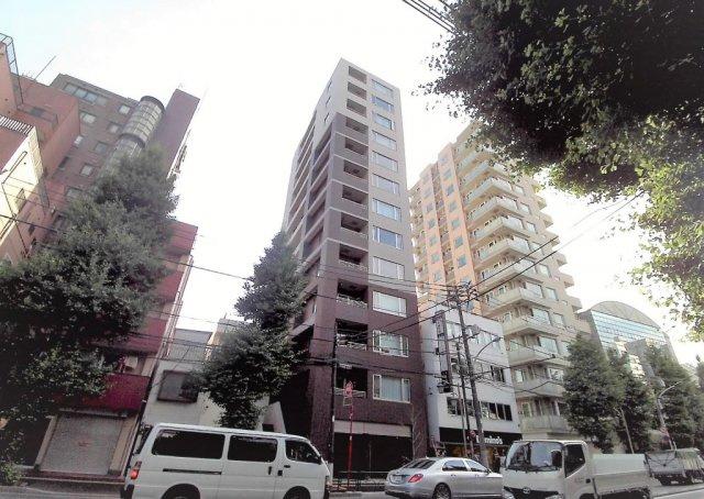 本郷通りに建つ高級分譲賃貸マンションです!