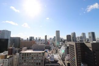 【物件からの眺望】都市の景観と一体となったくつろぎは非日常的な世界です。