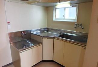 【キッチン】《高稼働!鉄骨造9.57%》札幌市東区北二十条東13丁目一棟マンション